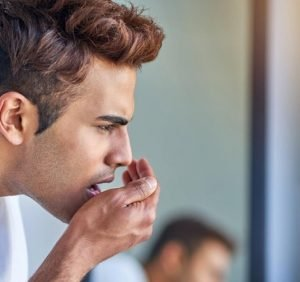 Why coffee causes bad breath and what you can do about that – Video