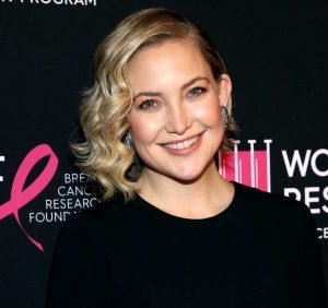 Kate Hudson Shows Off Her Post-Baby Abs 7 Months After Giving Birth to Daughter Rani
