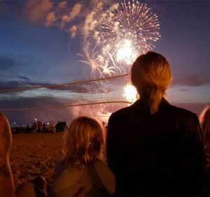 Kristen Bell and Dax Shepard Celebrate the Fourth of July in Rare Photo with Their Daughters