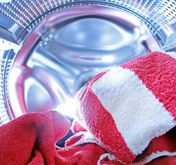 Experiment proves that washing machines can spread resistant germs