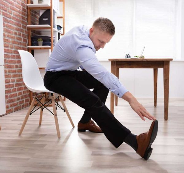 Risk of thrombosis: In the home office, vein-Gymnastics, keeps the legs fit