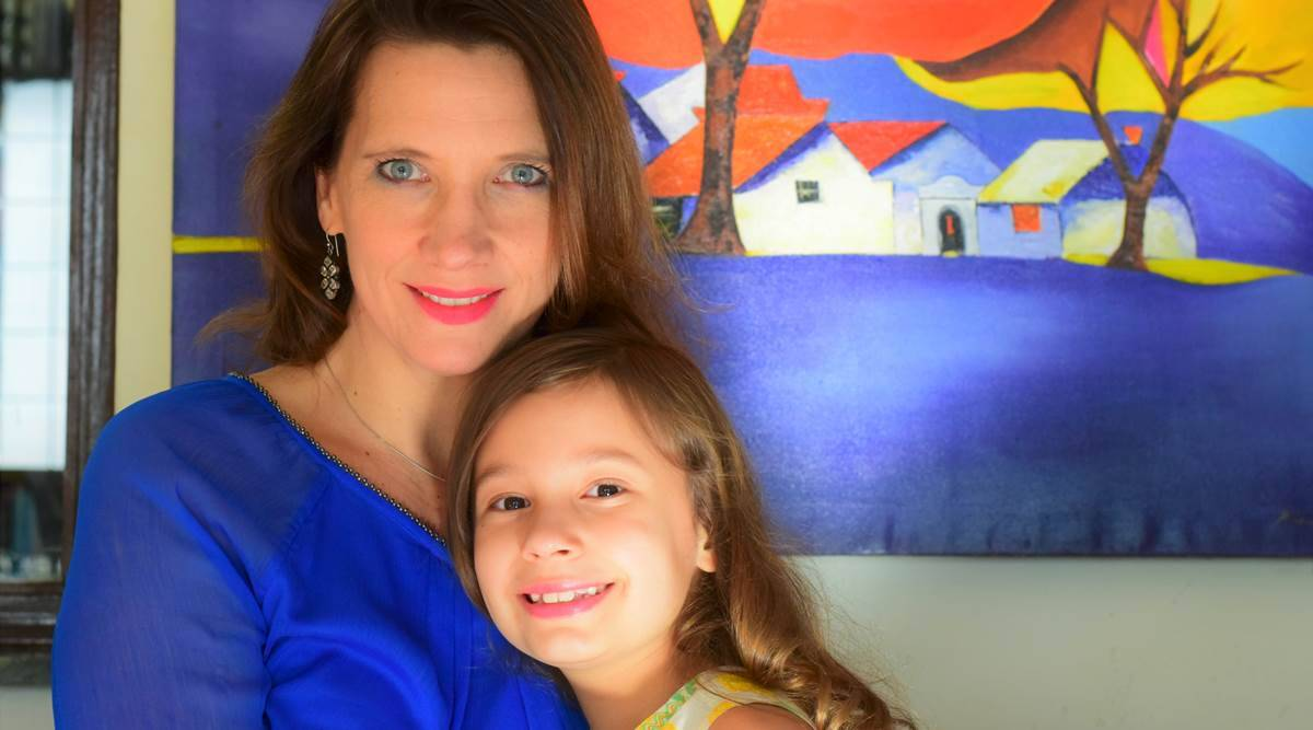 Mom and daughter's podcast for kids: Recordings under the bed, meetings over ice-cream