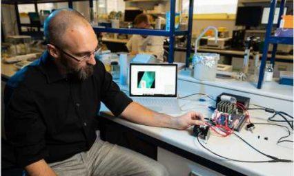 Bath scientists receive £1.3 million grant to develop a portable spice-detection device