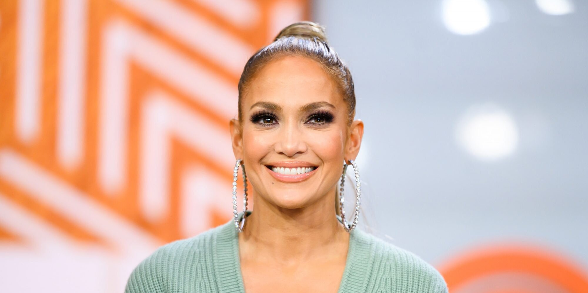 Jennifer Lopez Matched Her Nail Polish to Her Sports Bra and Workout Leggings
