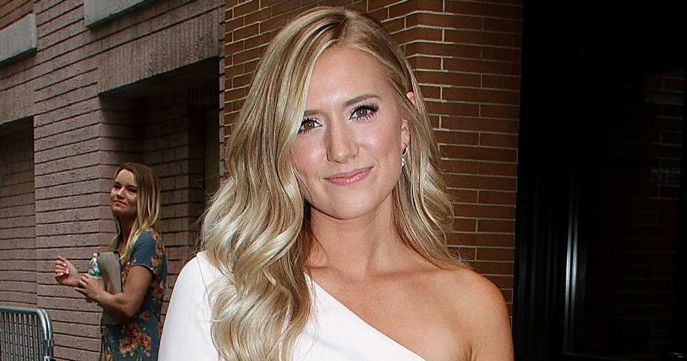 Lauren Burnham 'Is Struggling' With 'Really Tough' Infection After Twins